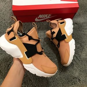Nike Huarache city